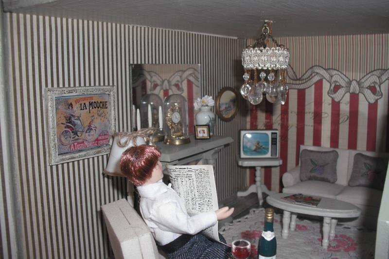 Higgs House lounge.