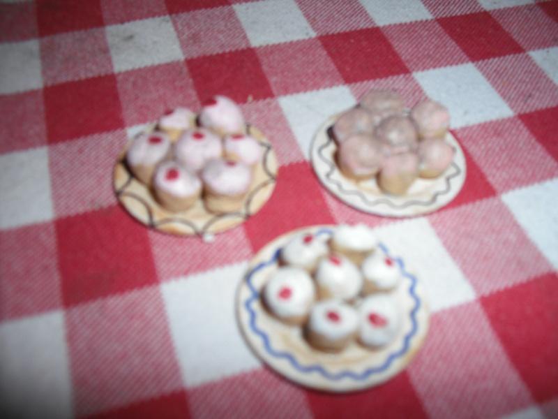 buns on a plate