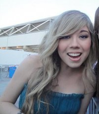 Jennette McCurdy - Hot Topics