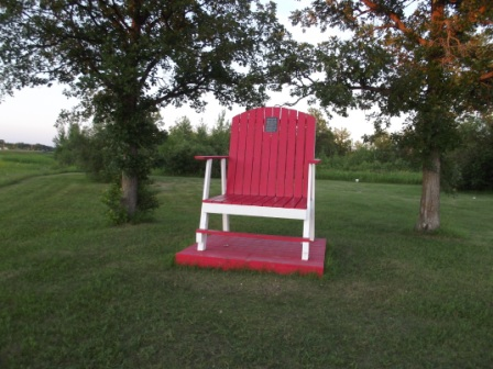 Brookhead - Giant Chair