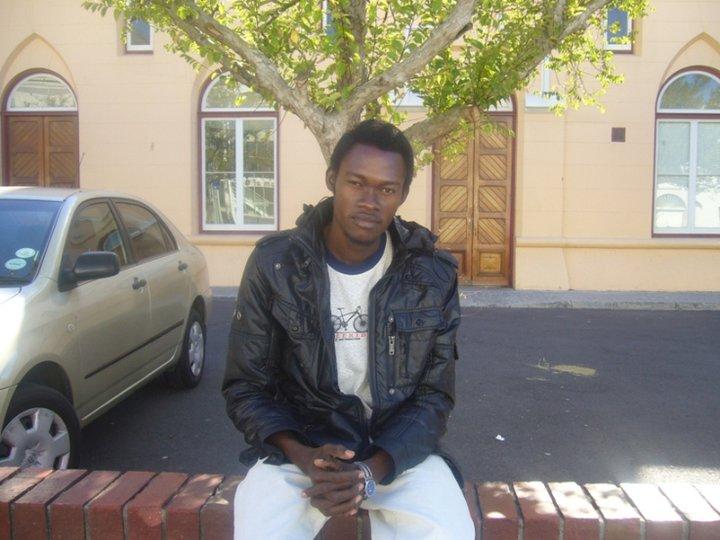 Olushola Ayanda