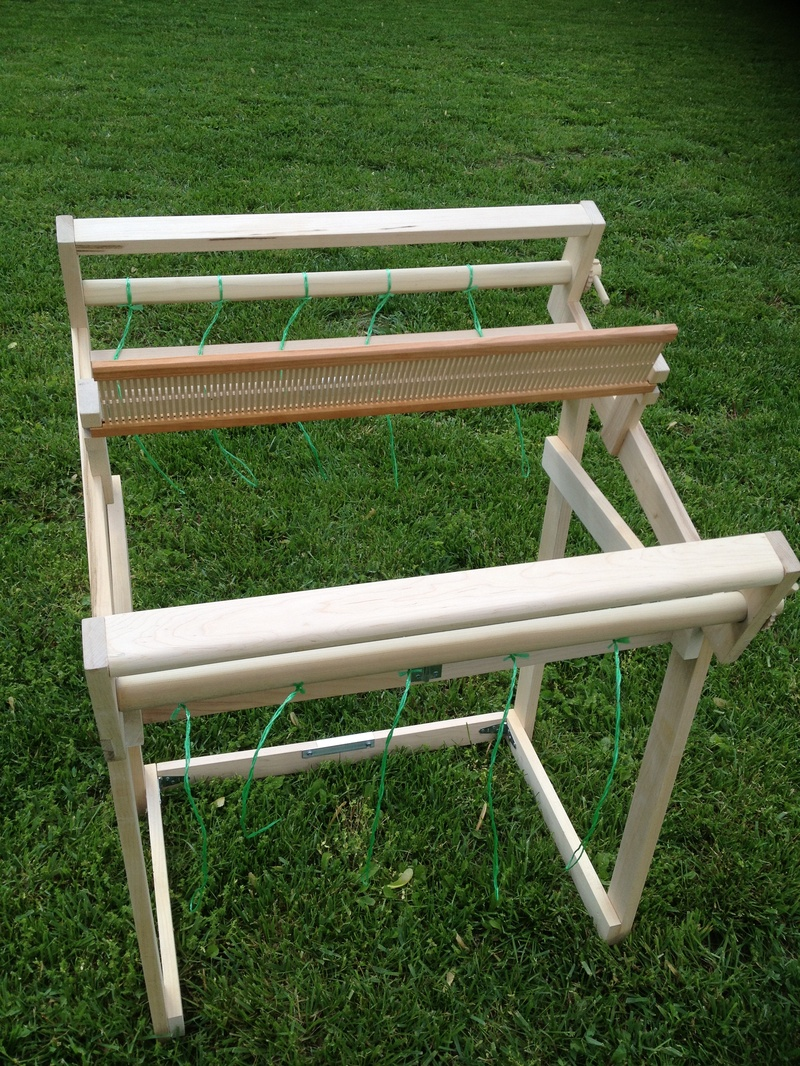 Loom and Collapsable Stand