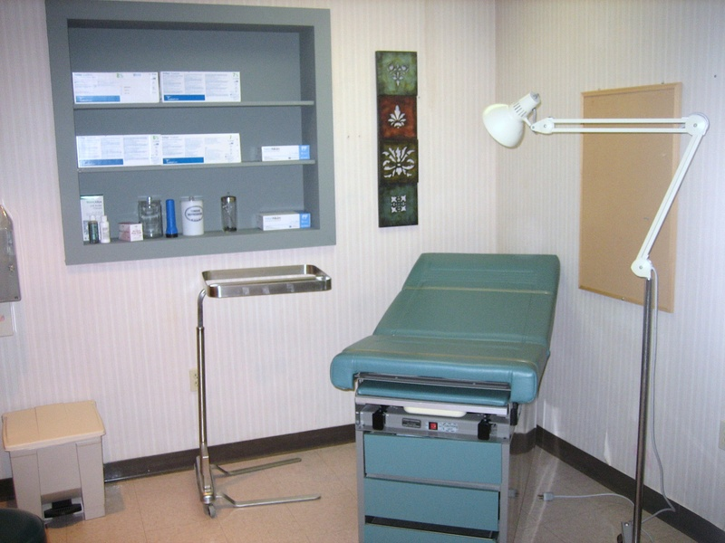 Exam Room (1 of 5)