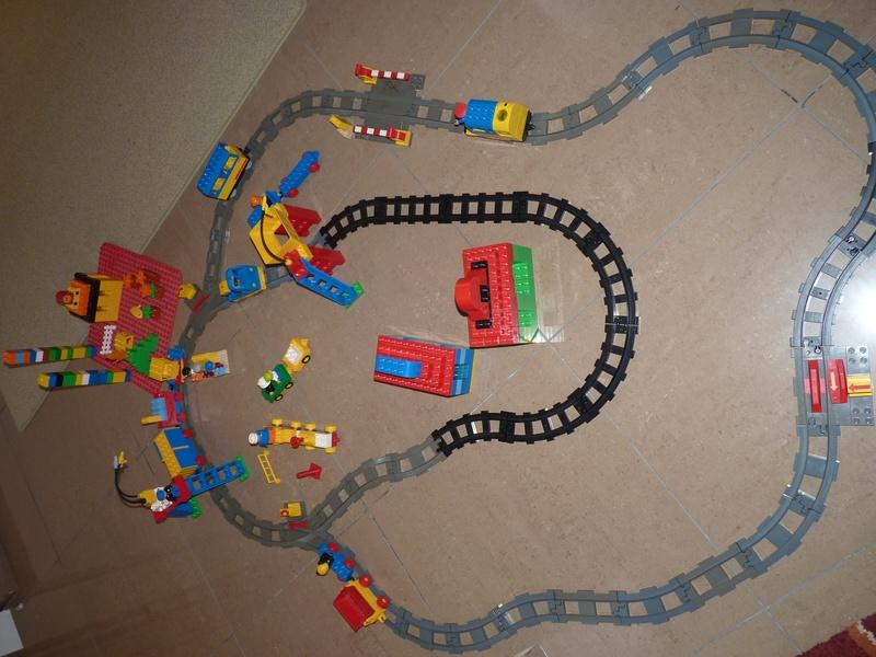 Lego Duplo railway