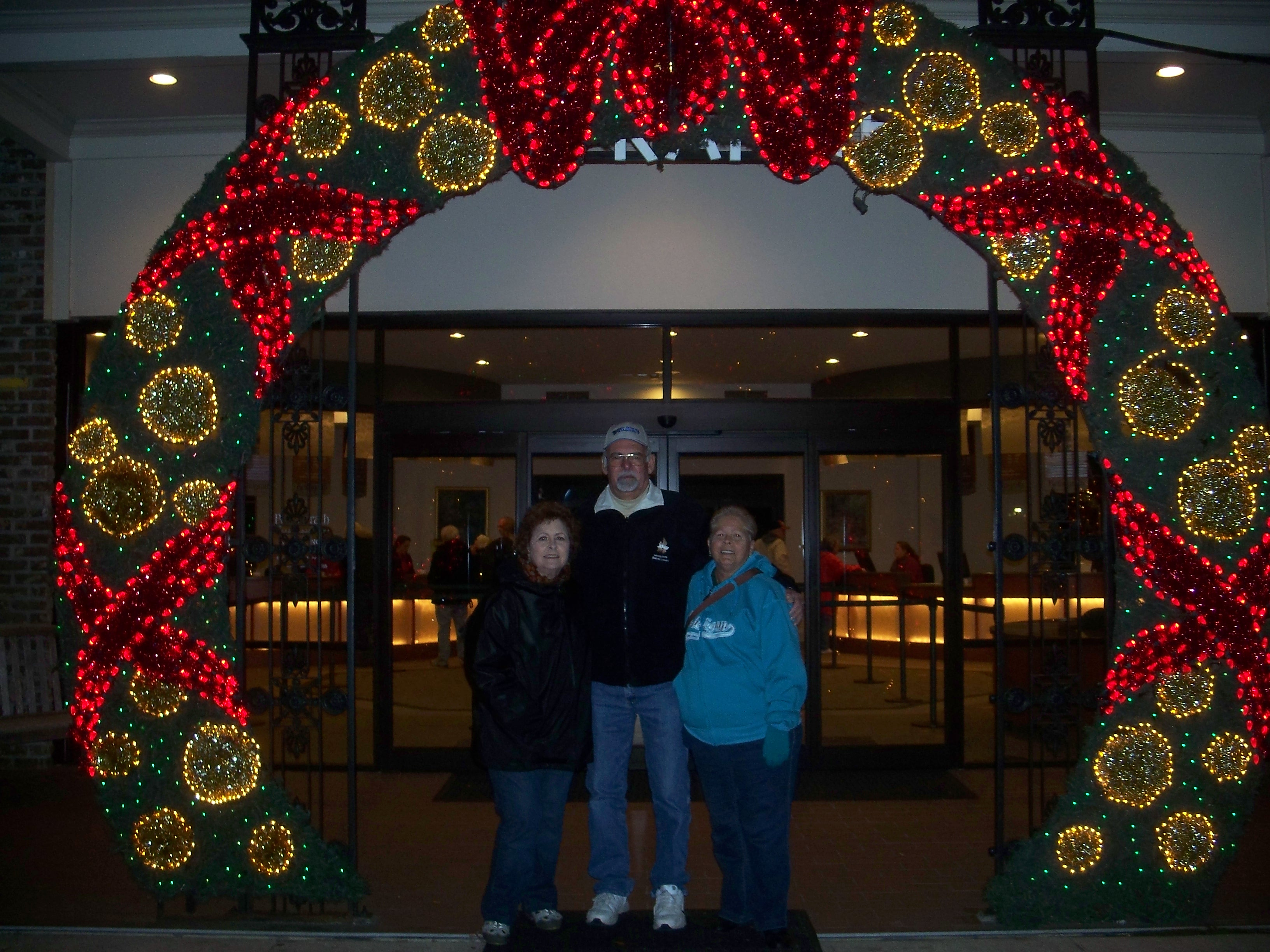 Entrance To The Bellingrath Gardens Christmas Traveling Gods Country Darlene George Paterson