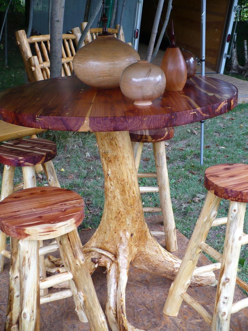 Red Cedar Pub Table