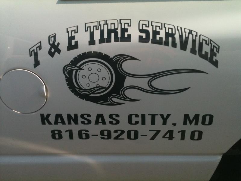 T&E Tire Service Truck