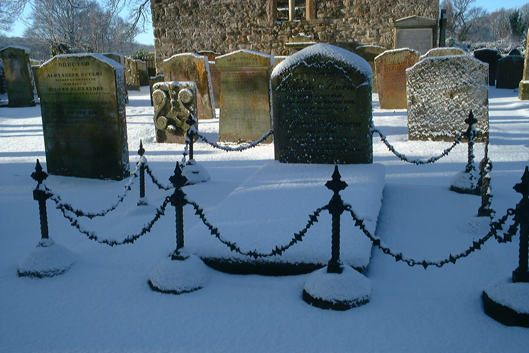 Auld Kirk Alloway, Ayr, William Burnes grave (Burns father) Jan 5th 2010 bt Rg Tait
