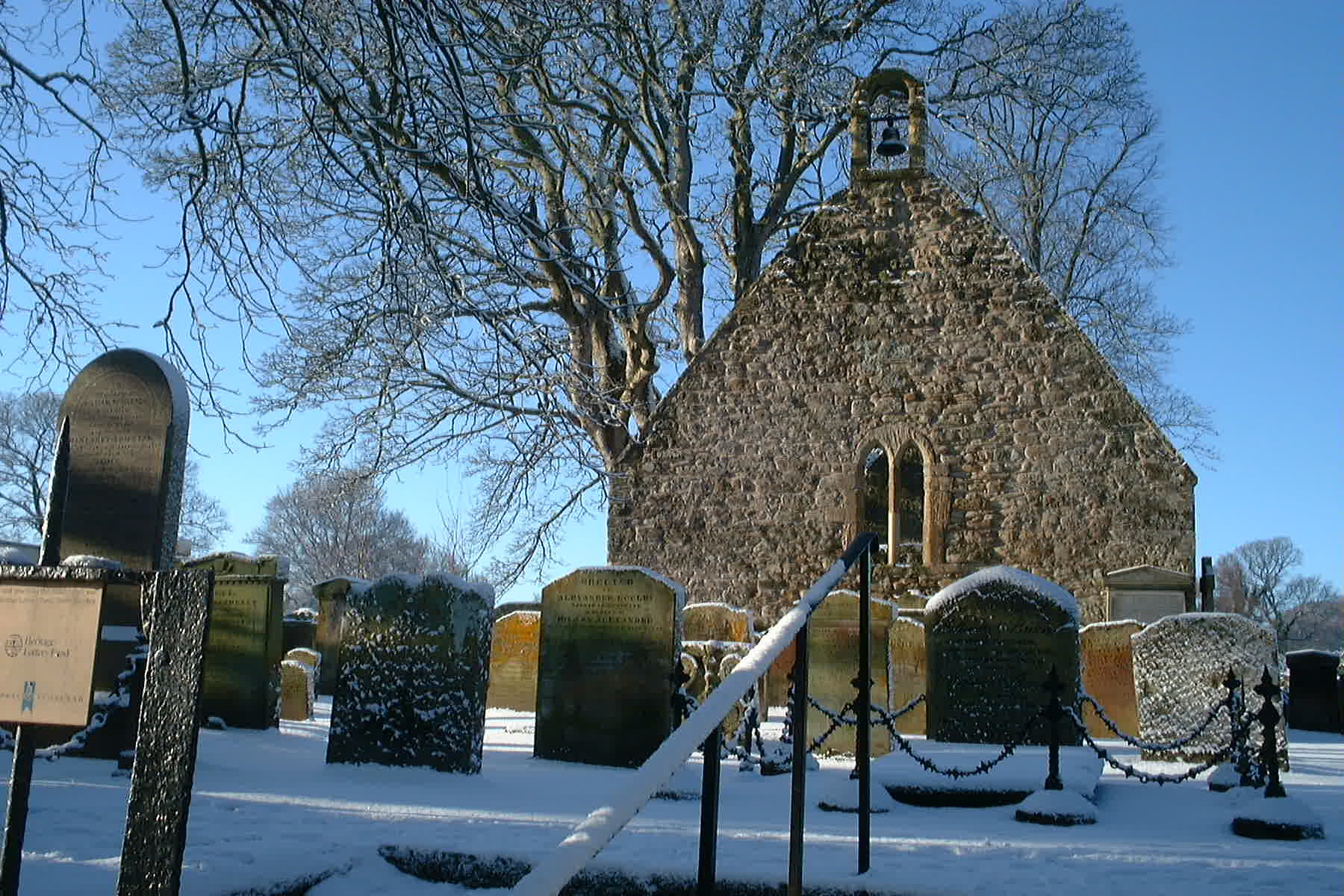 Auld Kirk Alloway, Ayr Jan 5th 2010 by Reg Tait