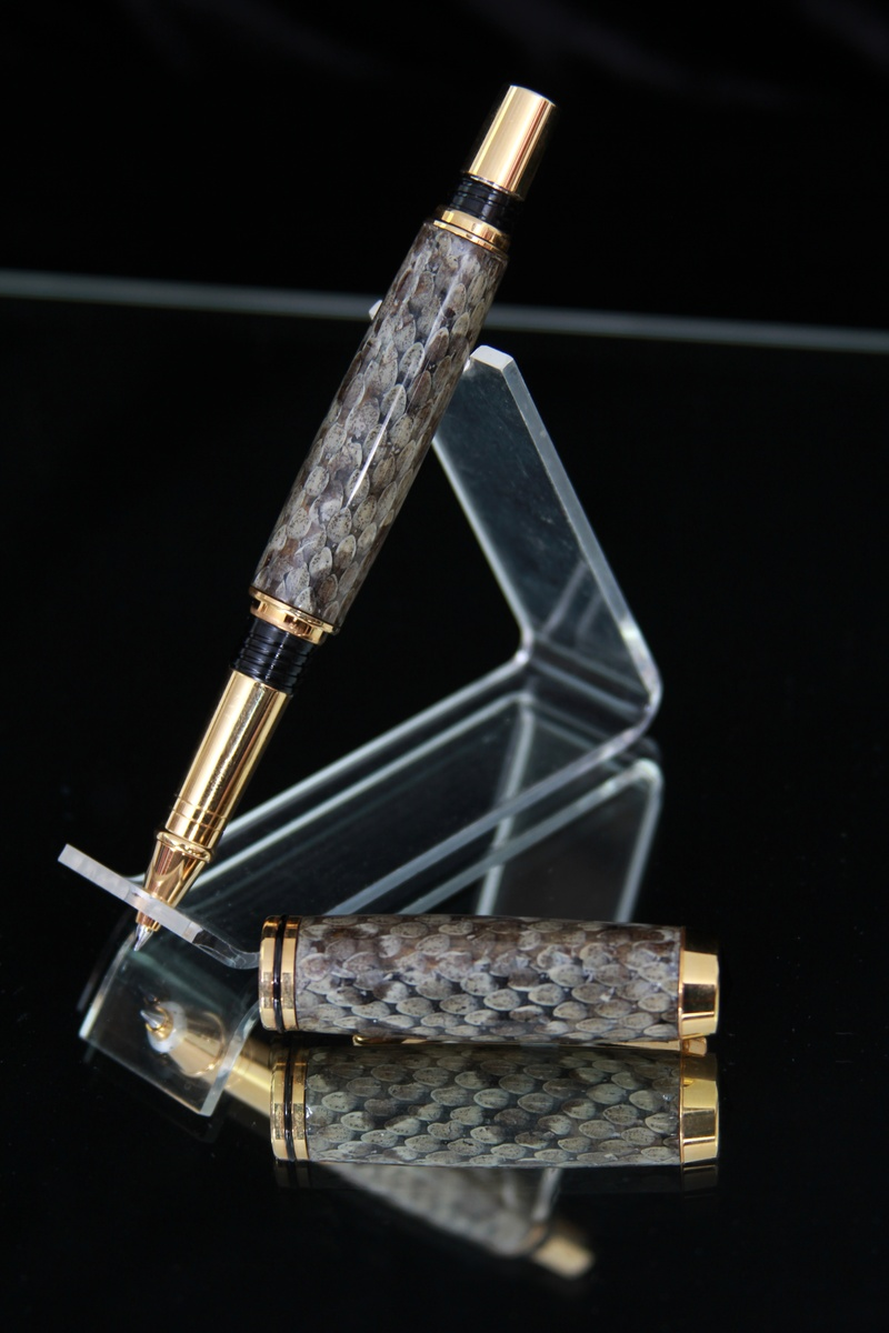 A Snake Rollerball.