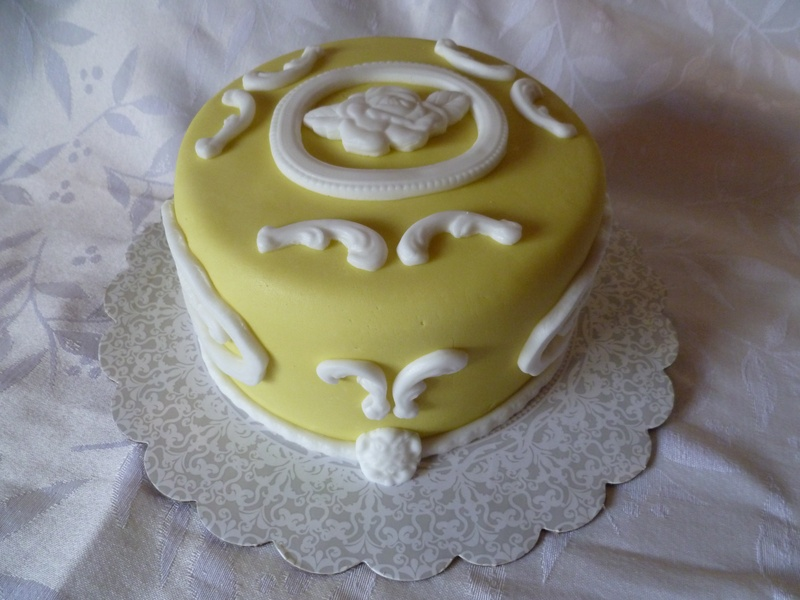 Wedgewood inspired cake