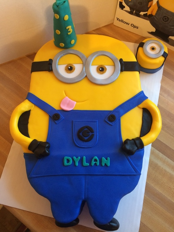 Minion Birthday Cake