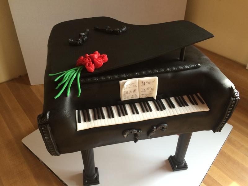Piano Man Cake