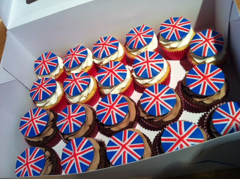 Union Jack Cupcakes for a Bridal Shower