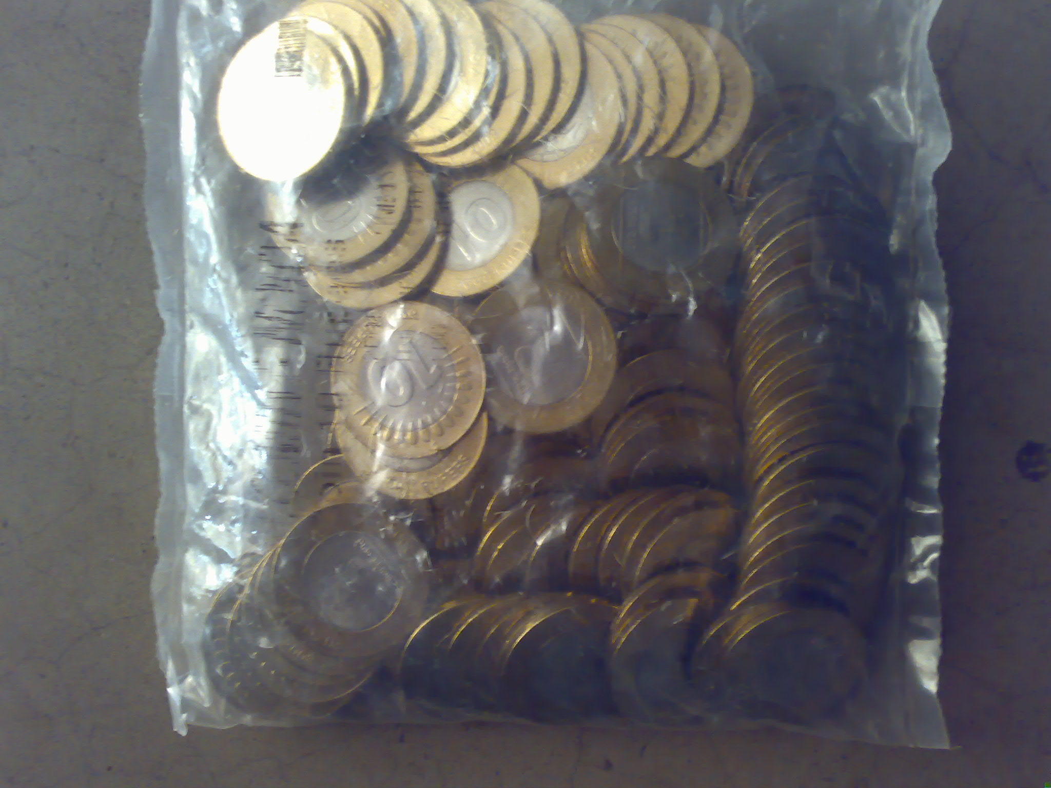 2008 pack of 100coins of Rs.10 Noida Mint