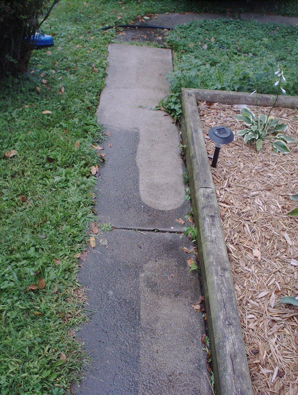 Little sidewalk under cleaning