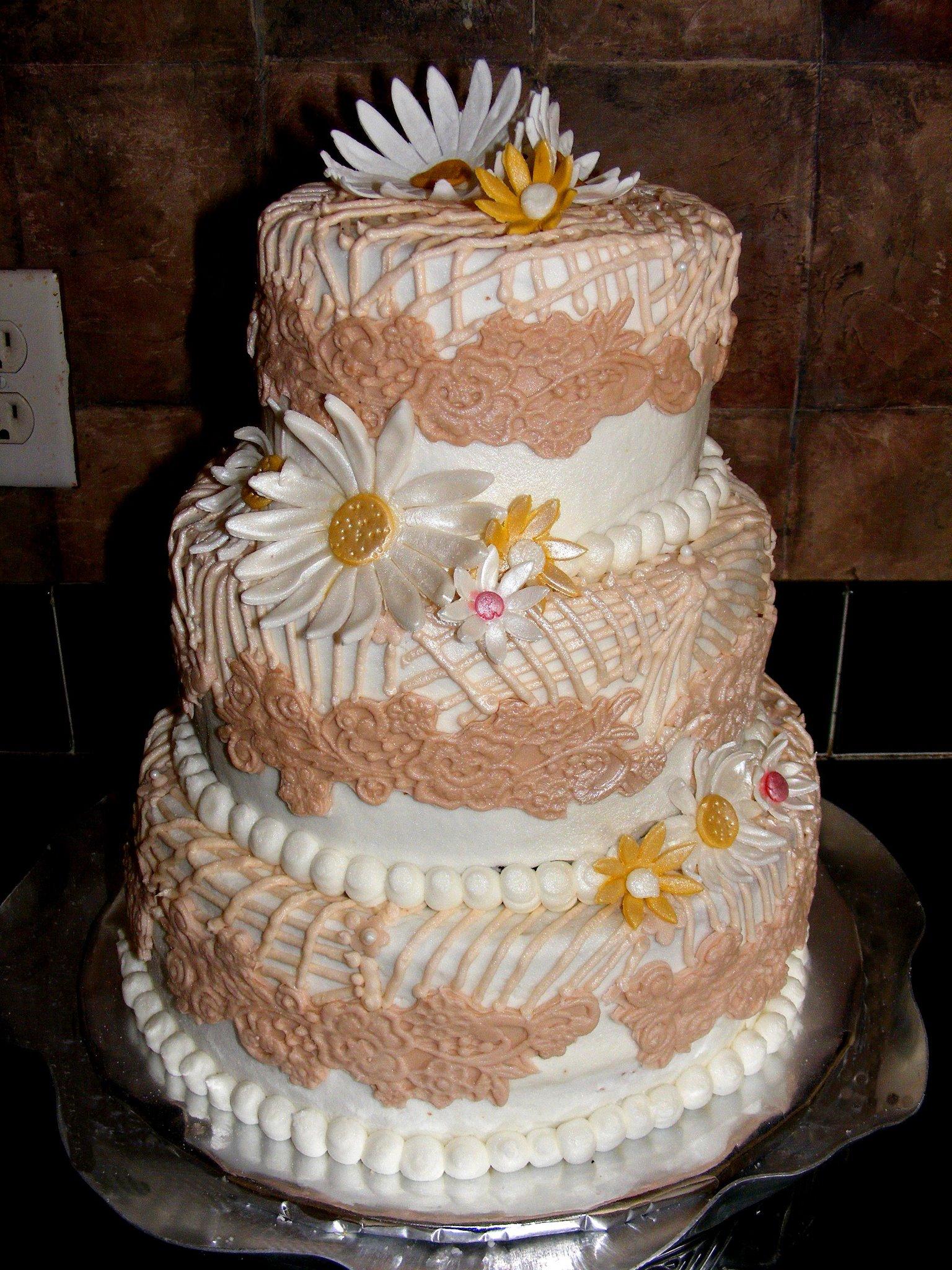 country crochet wedding cake