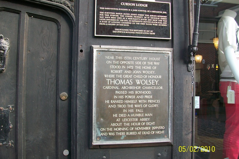Wolsey's Plaque, Curzon Lodge