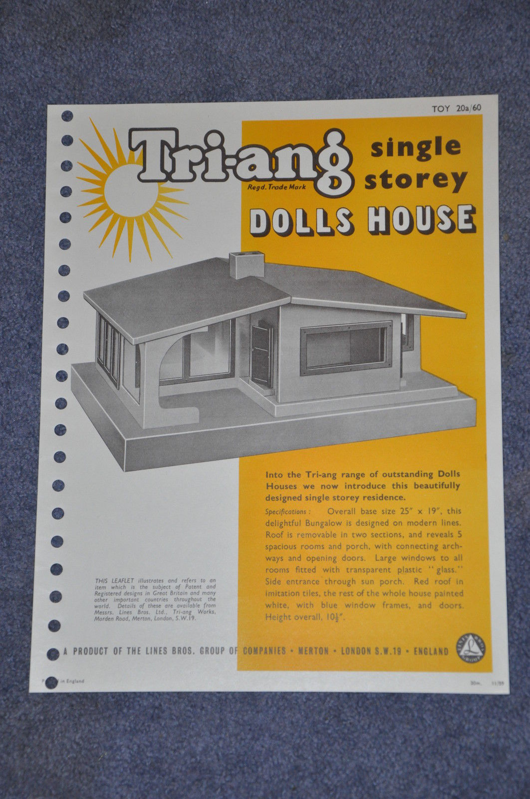 Bungalow (single storey dolls house) 1960. Dimensions: 25 inches [63.75 cm] wide, 19 inches [48.5 cm] deep and 10.5 inches [26 cm] high.