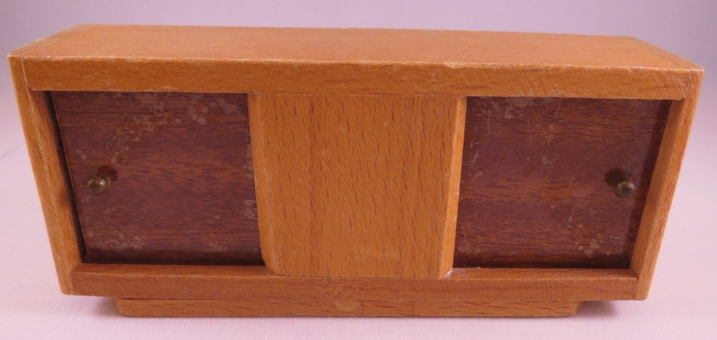 Dol-Toi Sideboard
