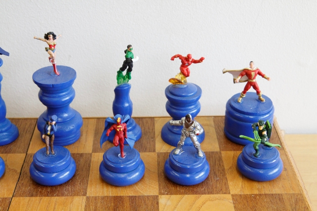 DC Chess Set Queen Side