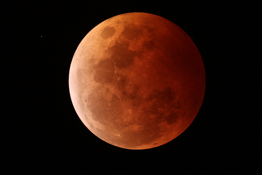 Lunar eclipse 8-10-14