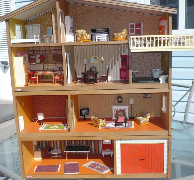 Vintage lundby dollhouse circa 1970 75 dolls 39 houses for 80s furniture for sale