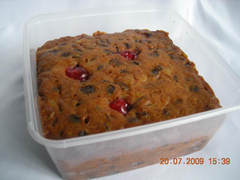 Kek Buah (Rich Fruit Cakes)