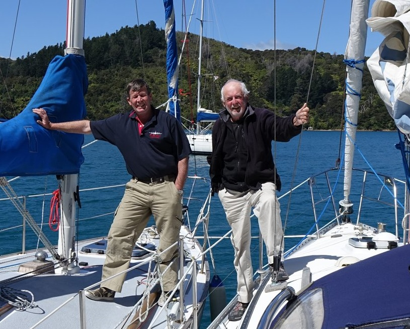 R26 meet R31 in Marlborough Sounds