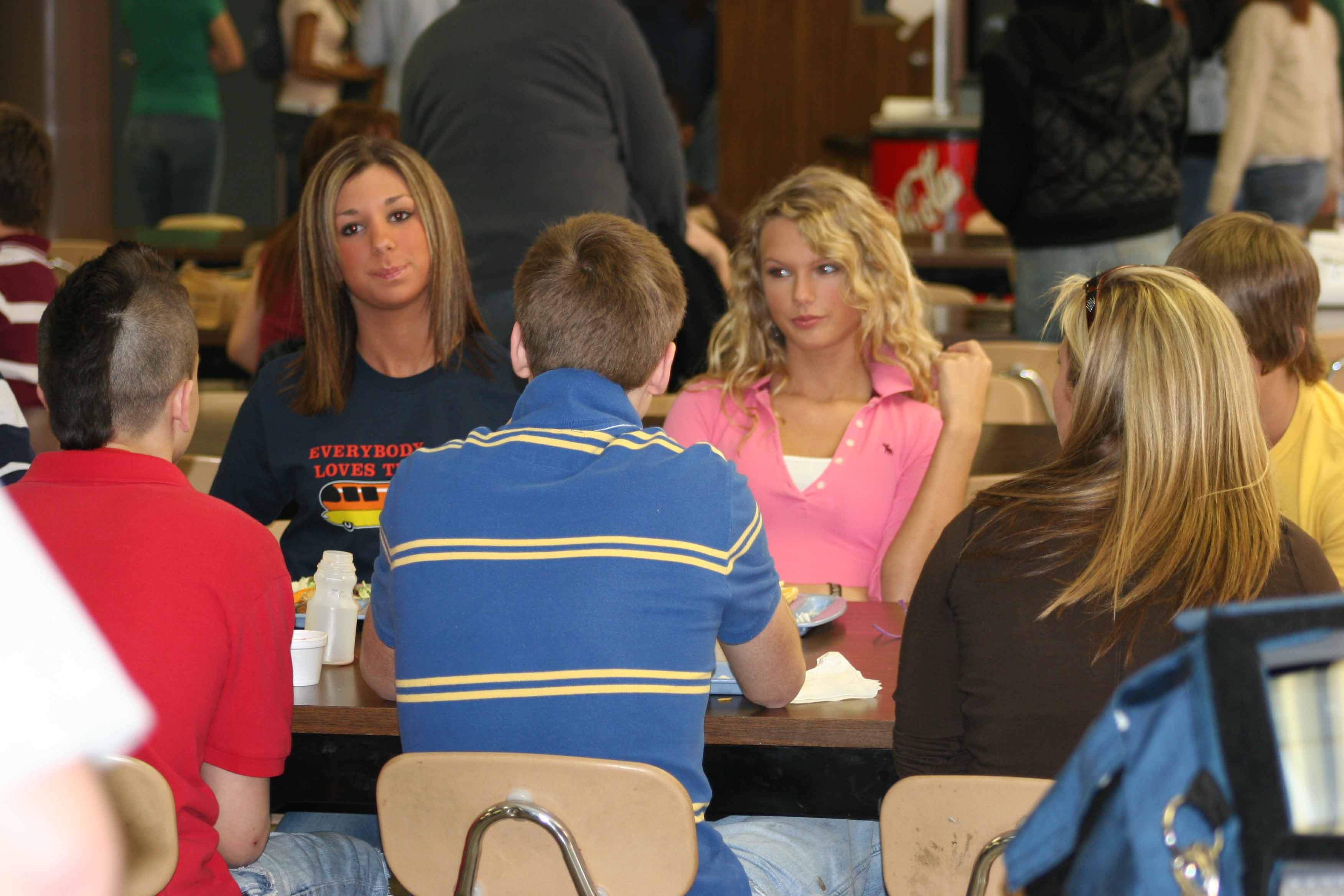 Taylor at lunch with her friends