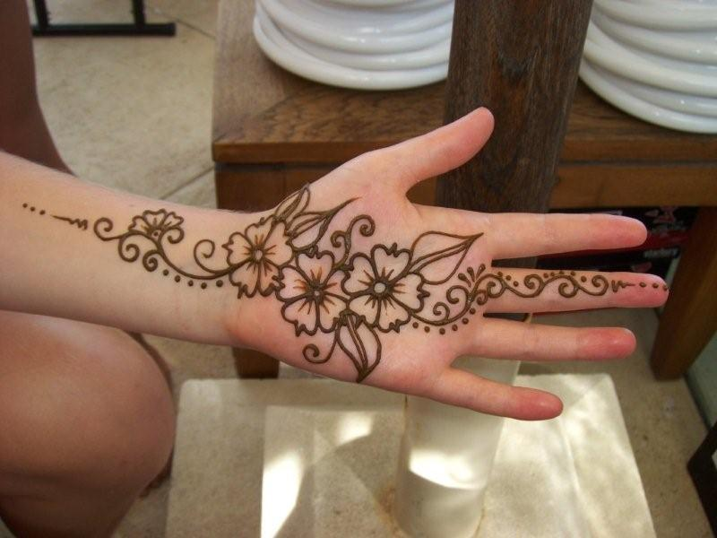 Henna Fiji Indian