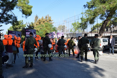 Police to manage the demonstration