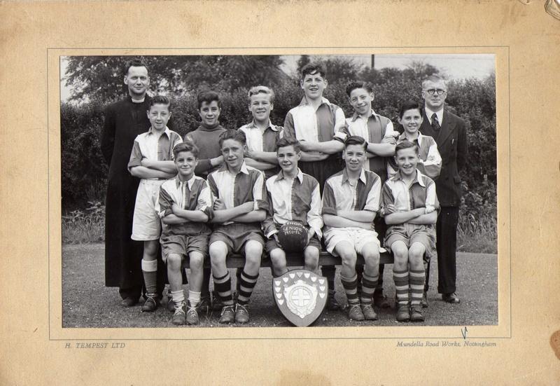 ST Thomas' School Football team 1951-52