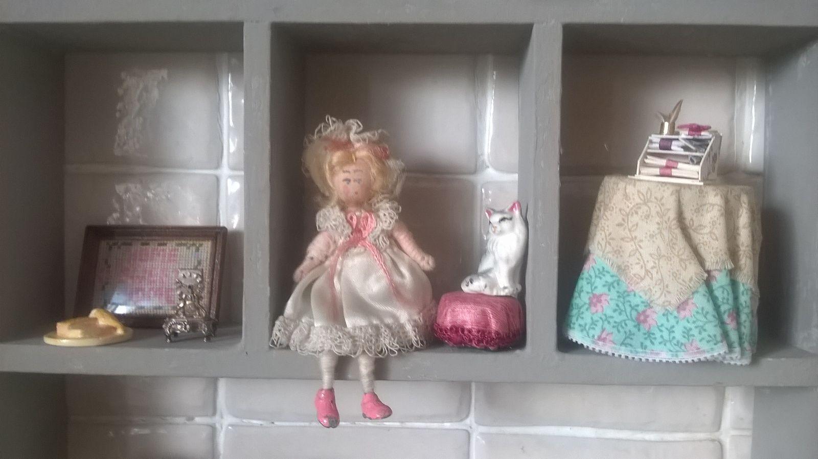Middle shelf