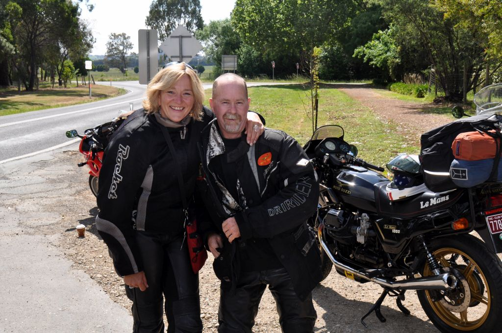 Ian & Bron - ready for the amazing Jamo-Eildon Rd ride...