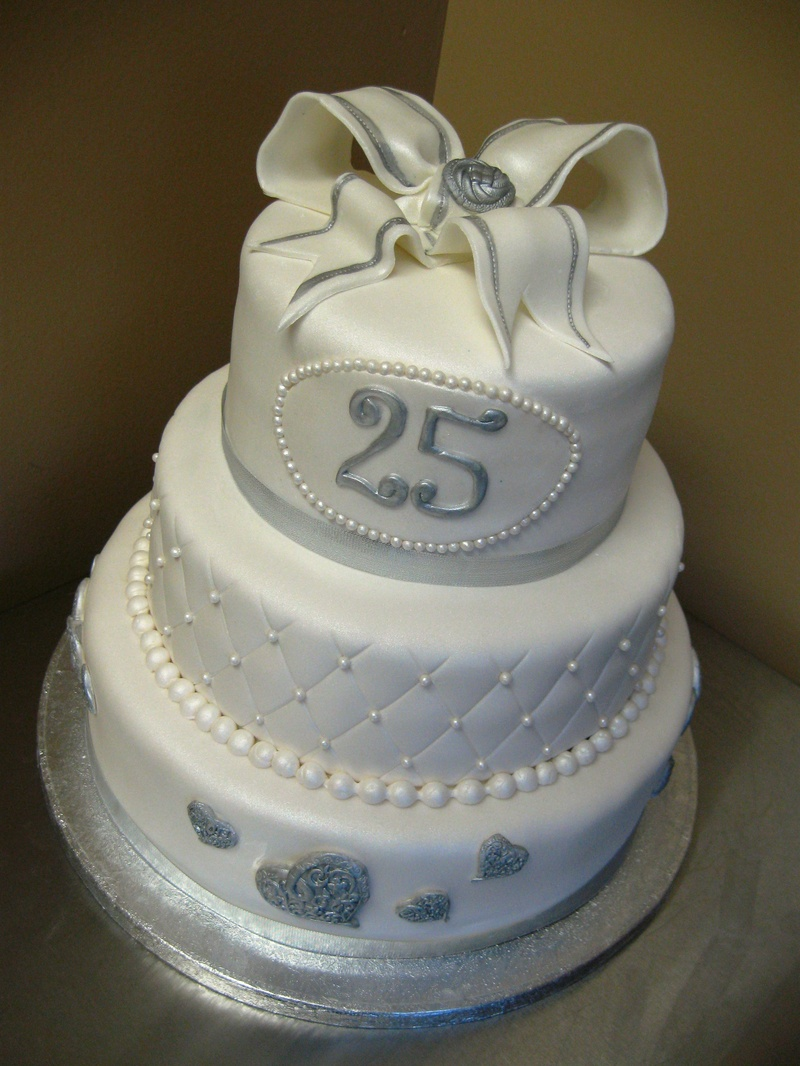 25th Wedding Anniversary Cake Ideas