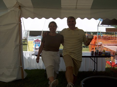 Stacy and Kevin had a great time volunteering