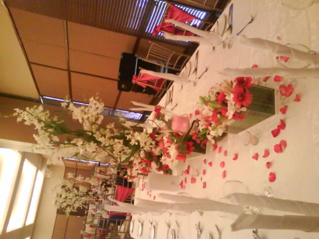 tables arrangement