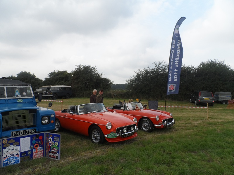 Farriers Arms - Classic cars