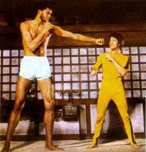 Very tall person / Bruce Lee