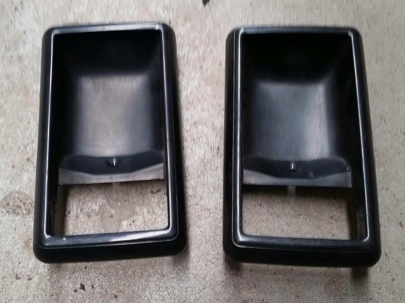 Black inner Door Cups