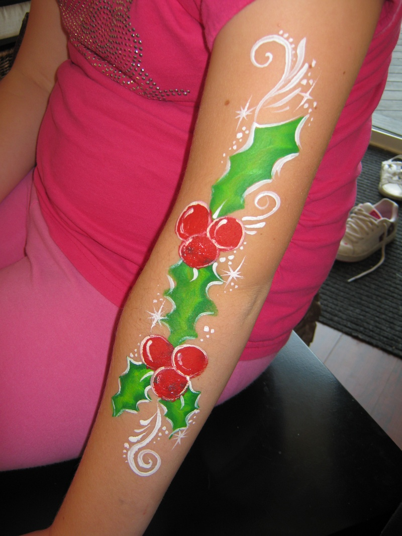 Holly arm design
