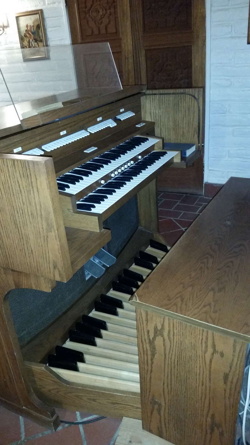 Allen Digital Computer Organ