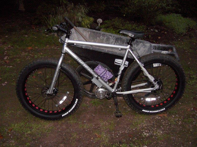 Joseph's 48v500w gen2 on fat bike .Thank you very much Joseph from USA!