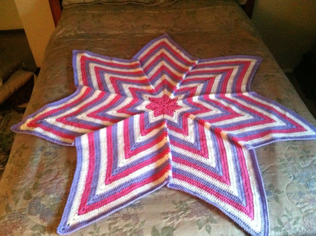 Bubble Gum White and Lavender Hexagon Star Blanket