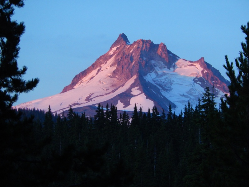 Mt. Jefferson early morning with great colors