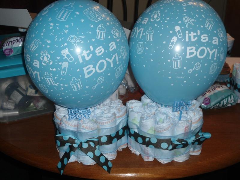 Mini Diaper Centerpiece w/balloon