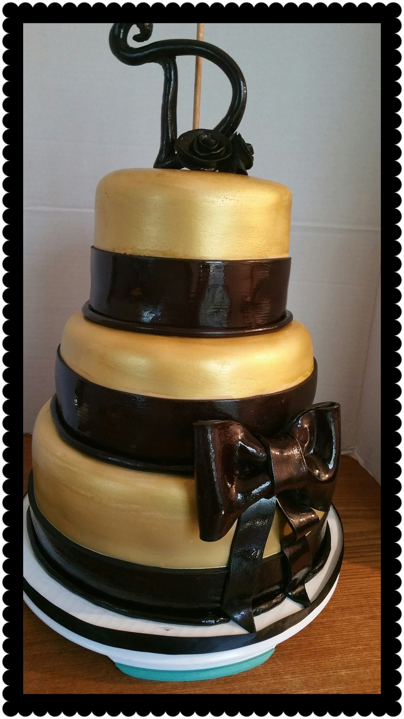 Black and Gold Anniversary Cake