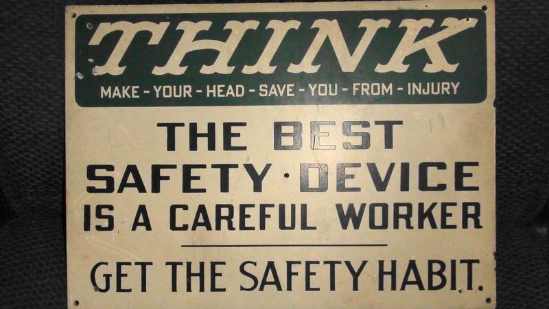 Atlas Tack Safety Sign