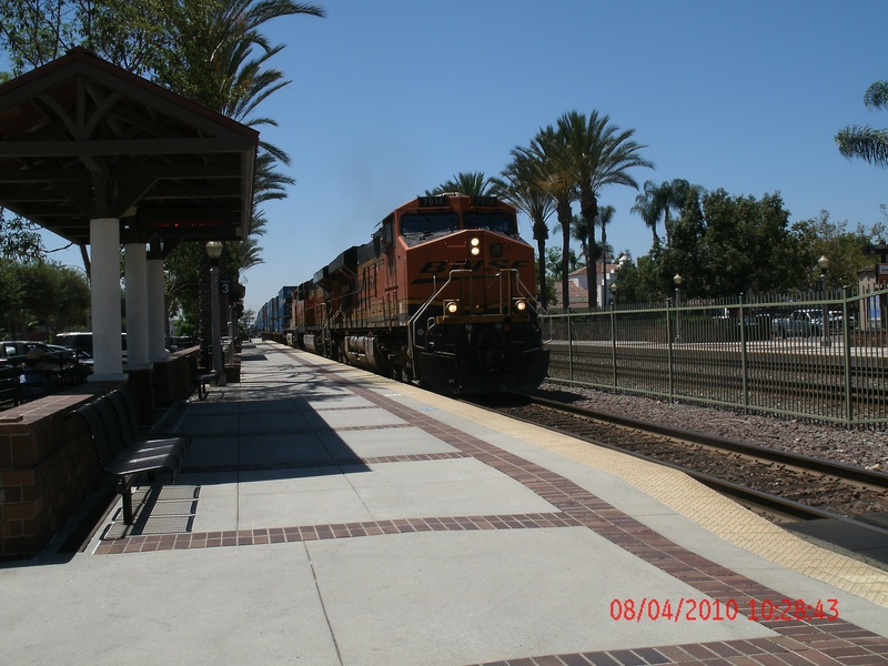 BNSF Through Fullerton